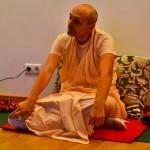 «Причина скитания обусловленной души в материальной вселенной» | Лекция Б.Ч. Бхарати Свами от 13 октября 2012 года, Москва